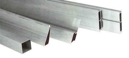 Alu rij trapezium profiel 1,2mm 150cm